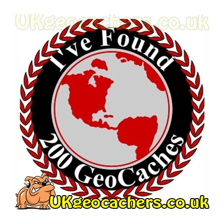 200 Finds Geocaches 44mm Button Badge