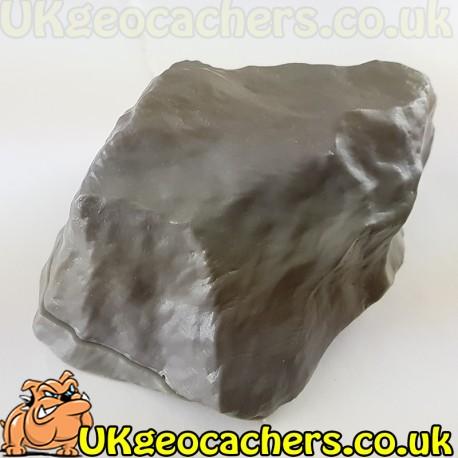 Medium Cache Rock Grey